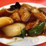 栄華飯店 - 酢豚。