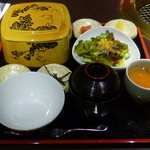 16983671 - 神戸牛まぶし 980円