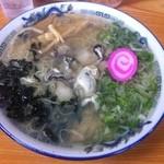 夏堀 - かきラーメン(塩・大盛)