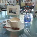 イチローさんのきまぐれカフェ - 炭コーヒー