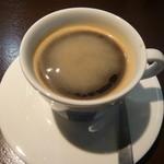 CAFE FIKA - ブレンドは独特な酸味が特長
