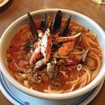 ジョリーパスタ - ずわい蟹たっぷり魚介トマトスープパスタ。 濃厚な魚介の出汁が効いて美味しです^_^ 大阪府箕面。