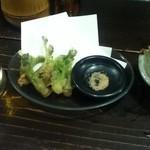 16991736 - たらの芽の天ぷら