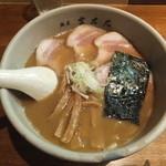 麺屋吉左右 - らーめん750円+チャーシュー400円