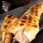 越後屋 竜之介 - サーモンのハラス定食(アップ)