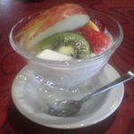 えぼし - デザートの杏仁豆腐