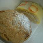 ムーラン - 料理写真:米ロールケーキ(\200)とパイシュー「あん」(\170)