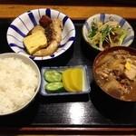 酒場三晴 - ぶり照り焼き定食700円