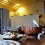 キッチン南海 - カウンターの無いキッチン南海は初めて