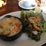ロウライフカフェ - 新しいドリア、美味い!! ドレッシングも新しくなったみたい。 なかなかいいね!