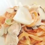 リシュール 苦楽園 - 地鶏と百合根、九条葱のやさしいパスタ 一味をピリッと効かせて