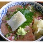 寿司吉 - H24.12 ぶりづけ丼 800円 鮪とろにも比肩できる旨さが