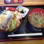 丸福 - 天丼と小そばのセット