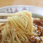 中華料理 永楽 - 豆腐ラーメン;麺アップ