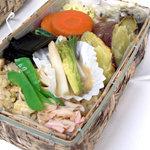 三帰天海の玄米精進料理 - 筍ごはん弁当