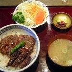 1703977 - ステーキ丼