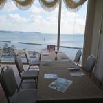 コンチネンタル料理 ミストラル - 三河湾が眺められます