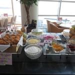コンチネンタル料理 ミストラル - デザートコーナー