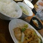 17038861 - 鶏と白菜のにんにく塩炒め定食