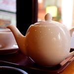 CAFE EURO - 暖かい紅茶を頼むと、ポットで出てきました。嬉しい!