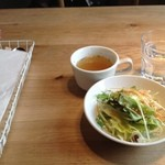 17042776 - ランチのスープ&サラダ