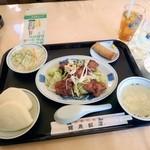 龍泉飯店 - 鶏カラユーリンチーセット 780円