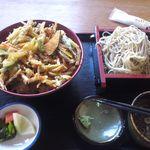 辰巳屋 - 料理写真:ランチ(かきあげ丼)