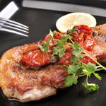 ジャポネーゼ - 料理写真:郡司豚のロースト