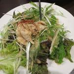 台湾小籠包 - バンバンジーサラダ
