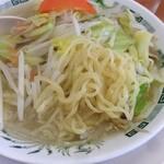 日高屋 - タンメンの麺