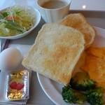 ホテルナンバン浜名湖 - 料理写真:朝食バイキング  パンはお気に入り(*^^*)