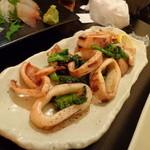 魚魯魚魯  - 菜の花とイカのガーリックバターソテー
