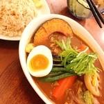 17059969 - ランチのチキンカレー♡ご飯は玄米です