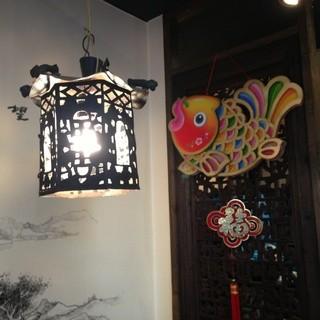 中国の家庭的な雰囲気の店内♪