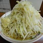 ラーメン大 - らーめん (野菜多め・にんにく)