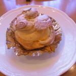 自家焙煎珈琲屋 カフェ・ブレンナー - シュークリーム、200円