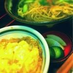 Inakasobamiyuki - ミニ丼とお蕎麦のセット