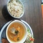 カフェ プッチーノ - 料理写真:ランチ☆鮭の塩麹ソテー ポトフ