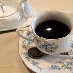 ピンクプッシー - ランチについているコーヒー