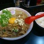 ぶたさぶろう - 肉玉そば750円(ニンニク有)+ライス(サービス)