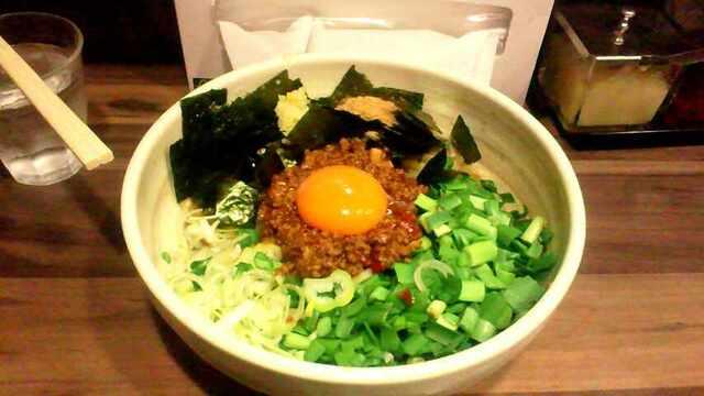 神田ラーメン わいず - 混ぜそばの様な見た目の辛麺