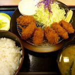 松乃家 - カキフライ定食。