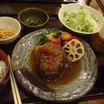 17083564 -  5種野菜とハンバーグステーキ定食¥930-