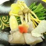17088245 - 冬野菜と河豚の水炊き
