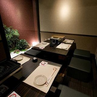 紀州紀ノ国地鶏をごゆっくり味わって頂けるよう、落ち着いた個室をご用意しております。