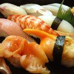 初花鮨 - 料理写真:おまかせにぎり