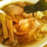 うさぎ亭 - わんたん麺にメンマ