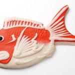 梅香庵 - 大きくて立派な鯛のかまぼこ