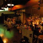 Dining Bar Natty - カウンターはこんな感じ