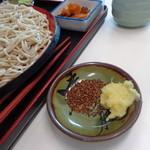 味奈登庵 - おろし生姜と蕎麦の実ふりかけ